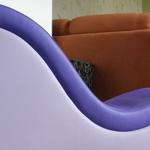 Glückliche Gewinnerin nach Verlosung eines Kamasutra Chair auf my-Lovetoy